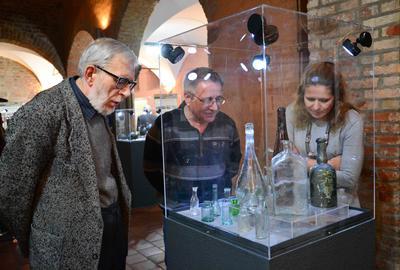 «Врятовані скарби підземного Львова» відкрили у Познані