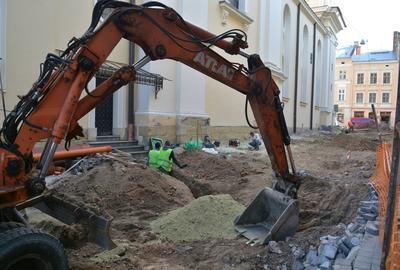Археологи розпочали нагляд під час ремонту вул. Корнякта у Львові